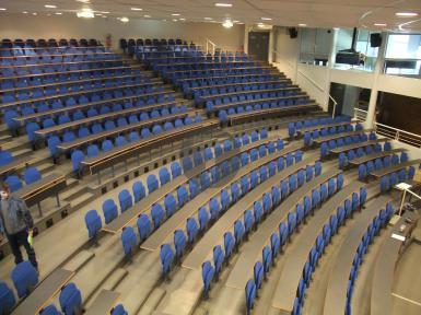 Techno Logistique, fournisseur des sièges de l'amphithéâtre de Rouen