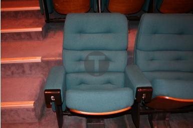Réfection des sièges de l'auditorium du Palais des Congrès de la Grande Motte